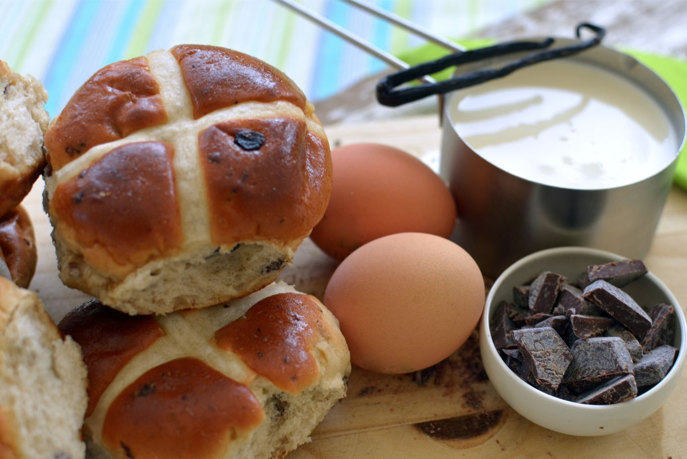 What To Do With Leftover Hot Cross Buns And Chocolate Easter Eggs